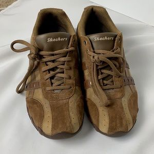 Sketchers brown suede leather sneakers